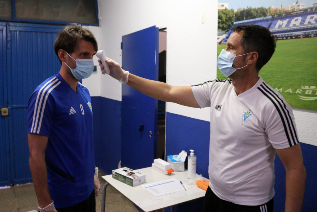 Jugador Marbella control temperatura