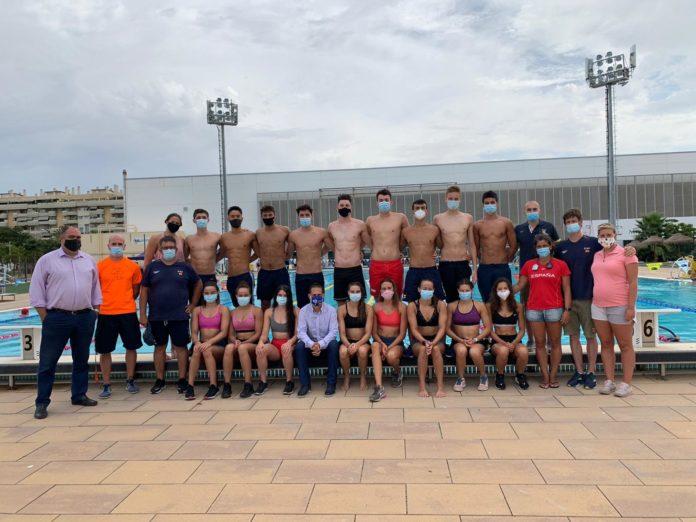 Concentración de nadadores junior en Málaga