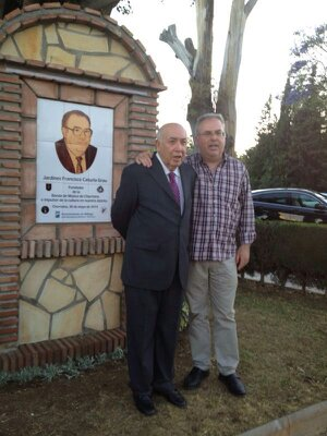 Francisco Caturla junto a su hijo José Antonio, en el homenaje que Churriana le otorgó