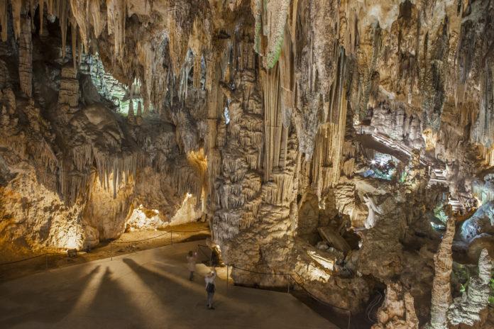 Turismo Costa del Sol promociona la riqueza de las cuevas de la provincia con un material audiovisual inédito
