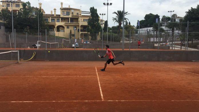 Casi 600 jóvenes tenistas procedentes de 50 países se dan cita en el VIII Torneo Internacional de Tenis Júnior Mijas Bowl